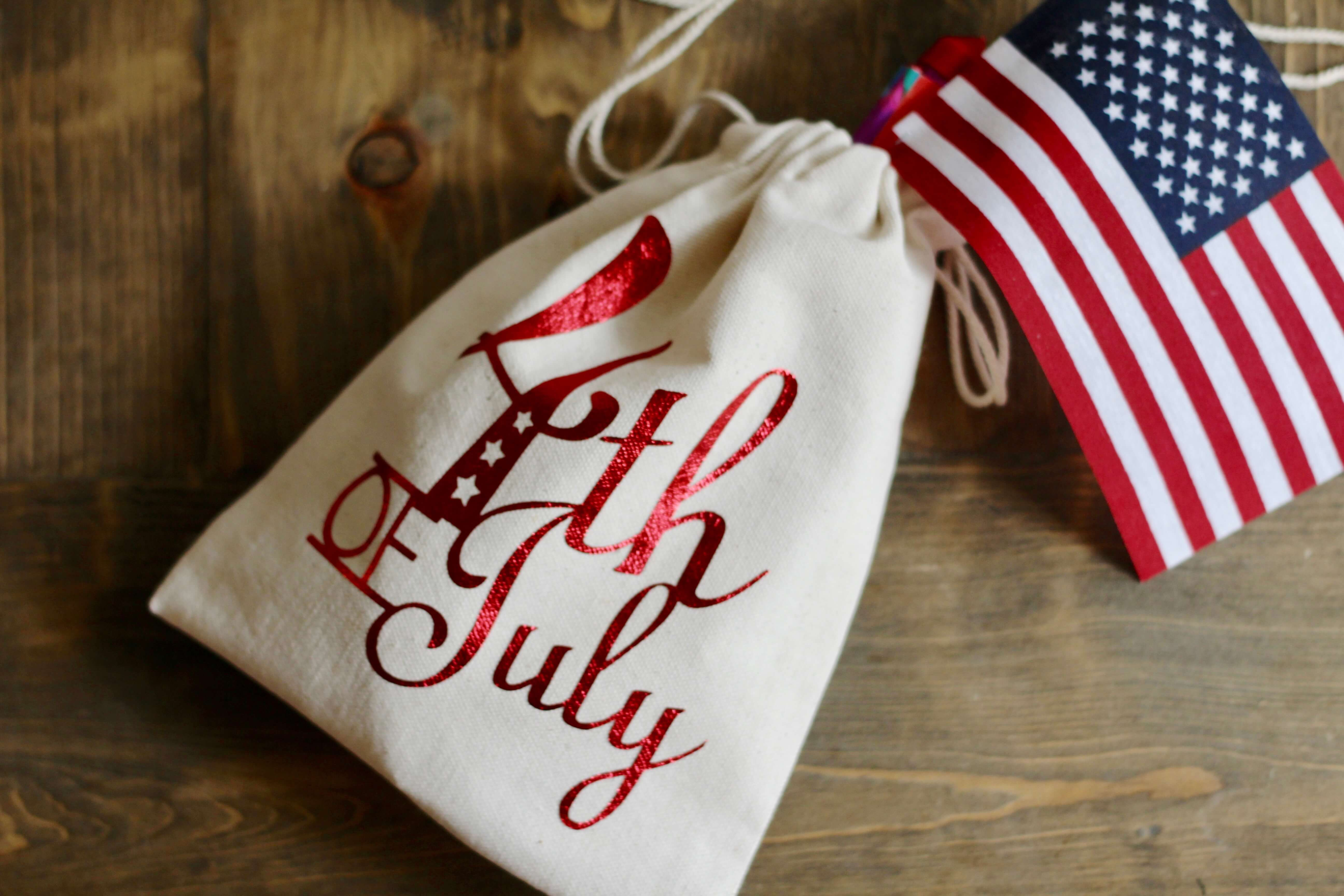 4th of July Favor Bag with Everyday Party Magazine and Little Birdie Crafts